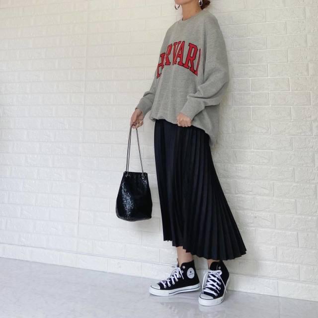 合う合わないが難しいからこそ。スニーカーに合う「優秀スカート」に注目